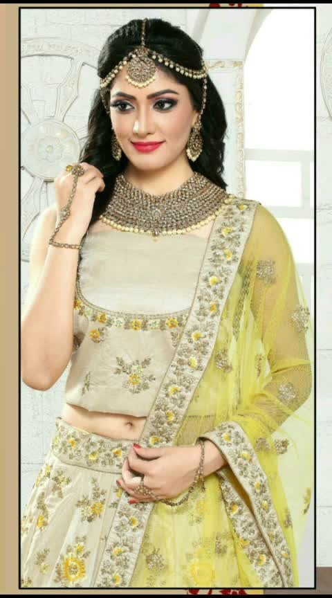 👰At the end of the day, it's the bride who makes the dress, not the other way around.#weddingdress #indianlook #simplelife #yellow #supercombination #ethniclove #😍😍😘