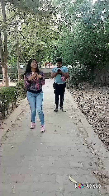 I thought he was following me 😜 #roposo #fun #roposo-comedy #prank