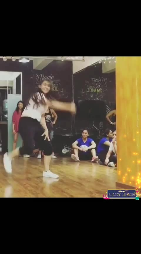 kuch kuch hotai new#roposodancer #allstars #bestsongs #indiantalents #all-actors #allvideo #-----roposo #love-song #ropo-ropo #india-proud #viraldance