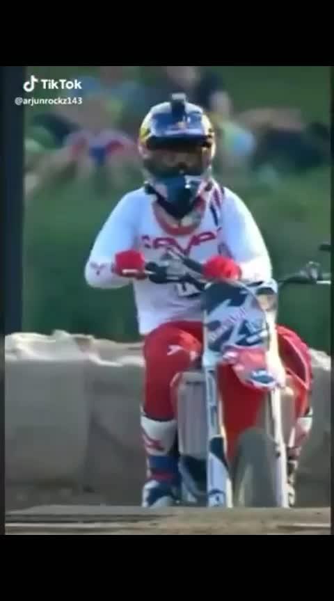 Amazing bike stunt #amazing  #amazingstunts  #bikes #biker  #bikestunts  #stunts  #roposo-wow  #trendy  #1 #trendeing  #trending #bohathard  #skydiving  #ropo-marathi