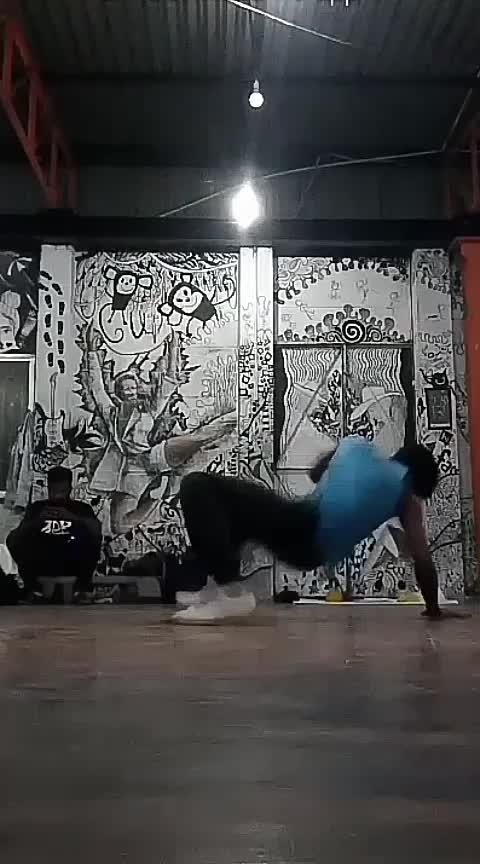 bboyism  #redbull  #bboys  #bboying  #breaking  #roposo-dancers #worlddanceday