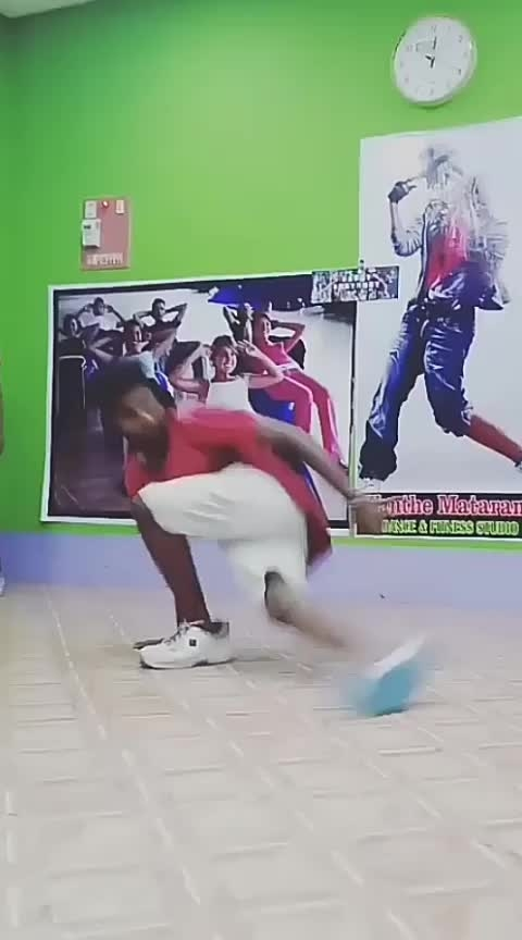 Oh Oh Oh anteup  #bboying #redbull  #tamilan  #roposo-dance  #loveness  #bboying  #peaceful #worlddanceday