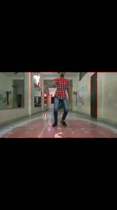 #effects #bantai #shoeaddict #rops-star #blogging #roposo-dancer #love-life #roposo-dancer #tik-tok #bnderlove #mumbai #loveblogging