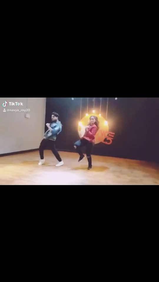 part 2 #shemoveitlike #dance #duet