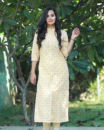 Buy Now a Beautiful #printed #Kurta and Pant Set For This summer season with classy Look. #womenaccessories #women-fashion  #womensstyle #womenwear #woemnsonlineshopping  #women-clothing #roposo-wow-indian