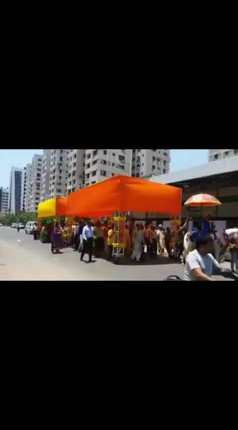 Marriage #sunlight #protection #tent #filmy #baraat #don't #bother #about #heat #strokes #dhoop #technique #jugaad #walking #shades #enjoy #shaadi #function #procession #mast-mast #cool #wonderful #lovlely #Unique