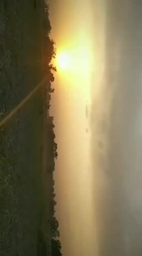 #villagevibes #sunset #romantic_song #sunnyday #longdrive #adhaishq 💙