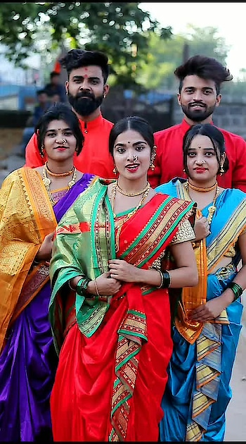 #महाराष्ट्र दिनाच्या खूप खूप शुभेछा  .. #mymaharashtra #maharashtra #jaimaharashtra #marathi #mimarathi #ropo-marathi #maratha #marathikavita #marathigaani #marathitradition @nehasawant0997 @shyampatil0593 @vishwaspatill @roposotalks