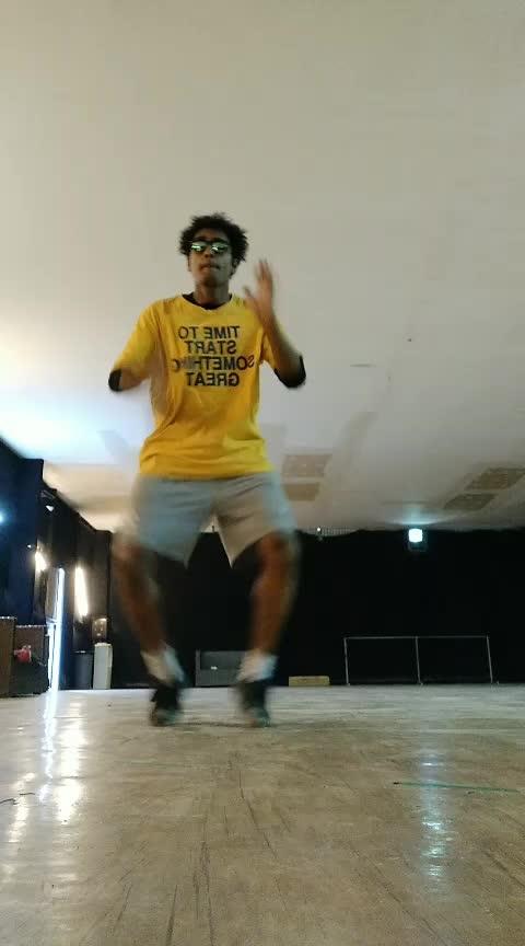#roposo  #roposo-dance #fas