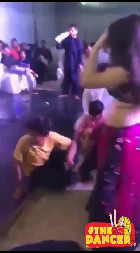 dancer beautifull #danceing #hot-look #wowchannel #super-sexy-girls #desi-patakha #hottesttrends #chaniya-choli #beats_channel #roposo-beats #super-sexy-girls #hotnessoverload #tightdress