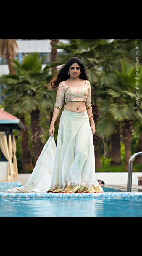 Poonam Kaur #poonamkaur #southindianactress #tollywood #kollywood #tollywoodactress #kollywoodactress #indianactress #actress #wedding #weddingfashion #navel #actressnavel