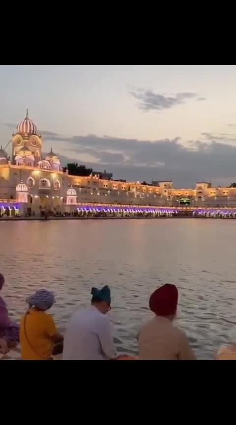 golden temple🕌🕌... Waheguru ji.... 🙏🙏🚩🚩#goldentempleamritsar #satnam---shrii--waheguru #wahegurujikakhalsawahegurujikifateh #gurudwarasatsang