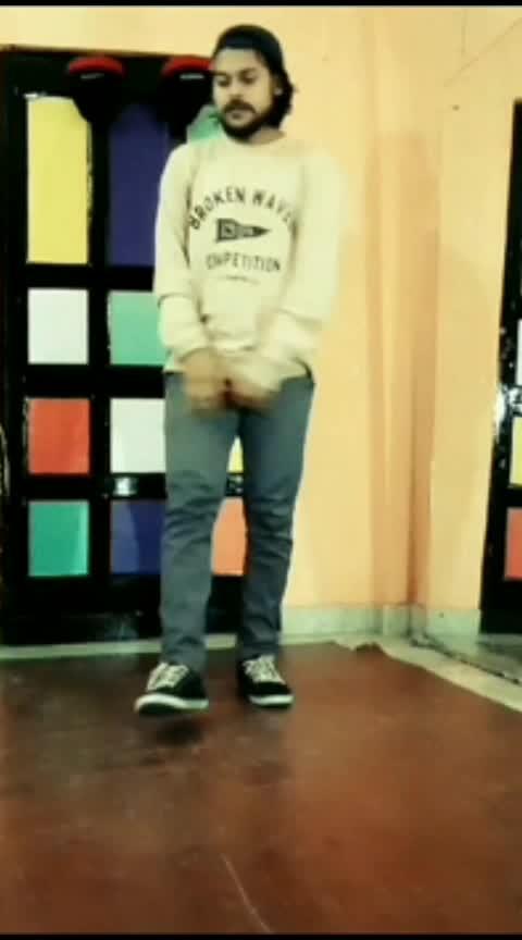 YouTube channel: hidden dancers television #nehakakkarlover #nehakakkarfans #garry_sandhu #roposodance #roposostars #roposostarchannel #roposo #roposo_star #roposodancer #roposodancing #ropososhare #roposo-dance #dance #love #morningslikethis
