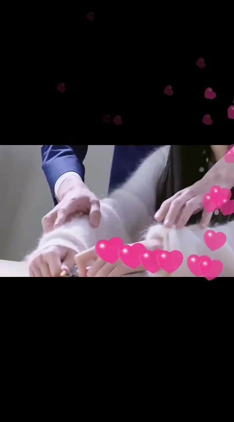 #romantic-scene  #romanticsong  #kissing  #in-love-  #lovedose  #terebinajinasajahogaya