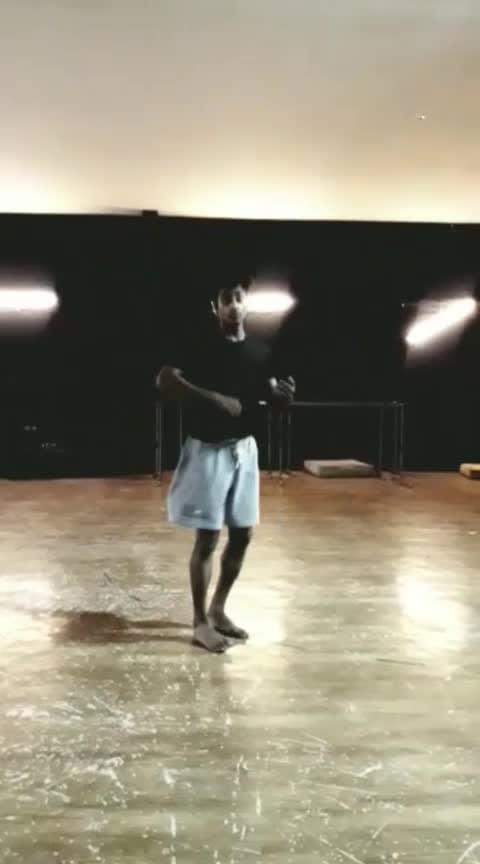#roposo #contemporarydance