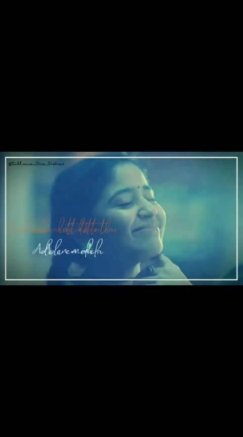 #love #nice_lyric #kodi_aruvi_kottuthe_adi_yenmela 😍😍