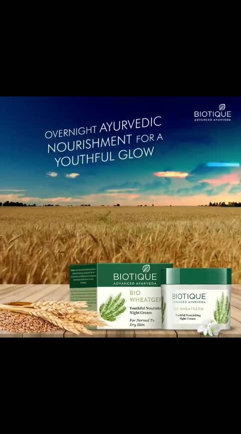Say good night to your skin with 100% botanicals and wake up with a fresh, youthful look. Made with all natural ingredients, Bio Wheat Germ deeply moisturizes your skin and makes it resilient. #Biotique #Youthful #NaturalIngredients