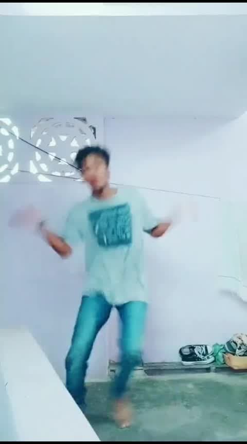 Oh Sona #hbdajith #vaali #thala-ajith #roposodancer #roposostar #risingstar #champonboard #cbe #coimbatore #tamilsong #lovesong #worlddanceday #roposofun #roposolove #roposotamil #roposostyle #love #dance #peace #dancer