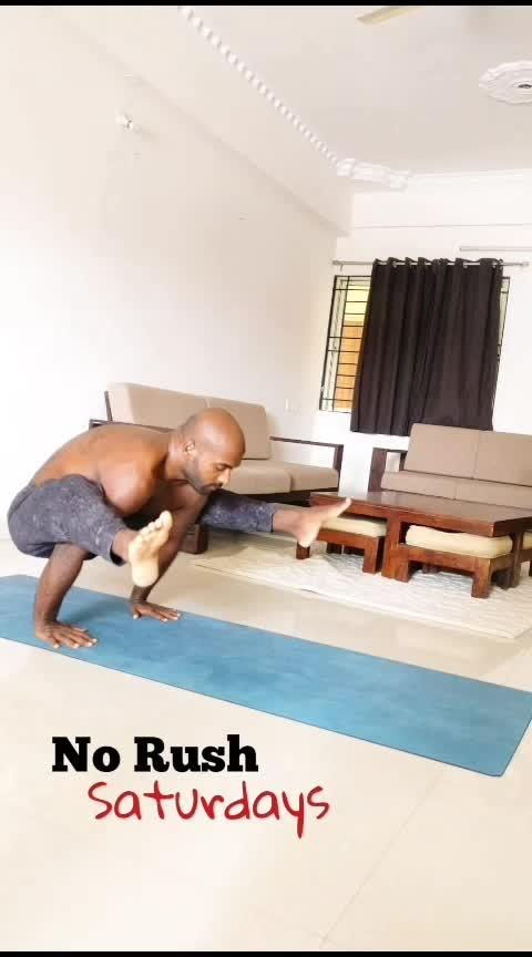 No Rush Saturdays 🙏 . . . . #yoga #yoga4roposo #yogatips #yogaflow #yogaforlife #yogatransitions #ashtanga #fitness #weekendwarrior #yogaanytime
