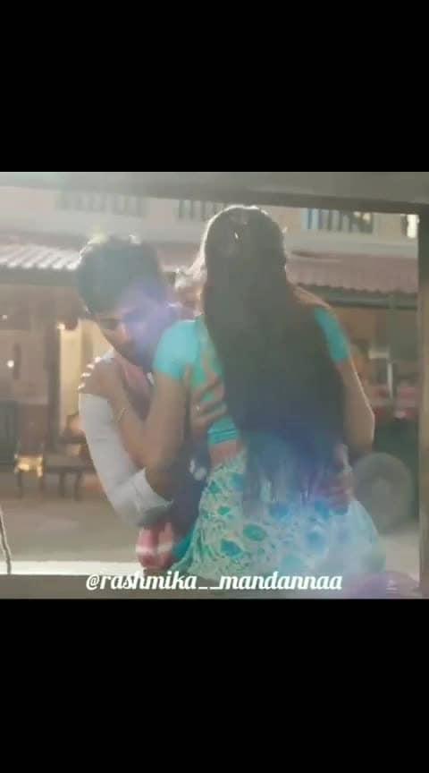 #rashmikamandanna #vijay-devarakonda #geethagovindam #roposo-telugu #telugumovies #roposo-telugu-music #roposo-beats #beats #lipkissing #hot-pink-lips-hot #lips-kiss #sexy-look #super-sexy #followme #followmeformoreupdates #followmeonroposo #followroposofollow