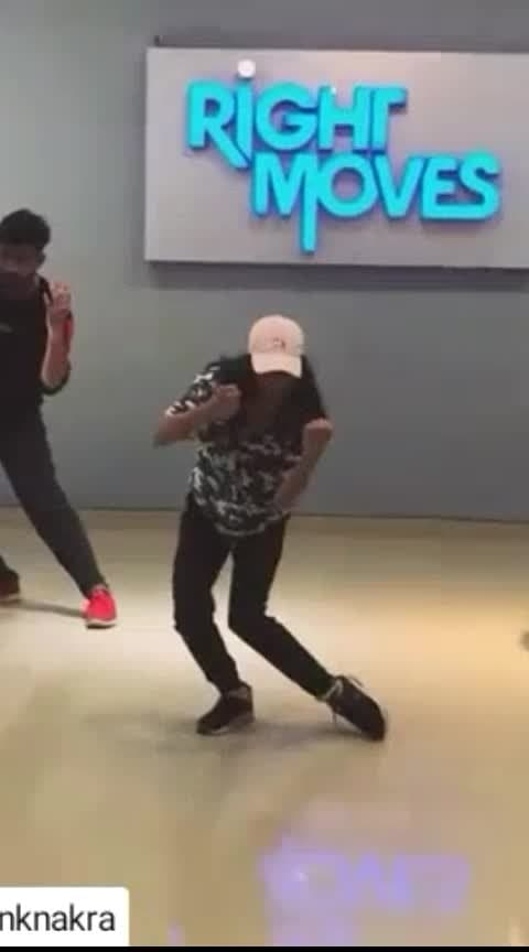 #roposodance  #billieellish #dancelove choreo by Mayank sirr🔥 #rightmovesacademy with buddy @vipulnigam