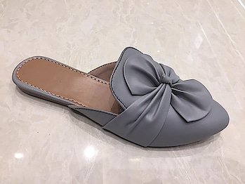 Women's Bow Style Grey Flat Mules Slippers  @ ₹550 Visit link in Bio to Buy  Premium Quality Non-Slip PU sole  Available in all Blue, Green & Grey sizes  Cash on delivery available across India COD charges +₹60 Shipping ₹ 50 - ₹ 100 as per delivery location  Hurry Limited Stock!! #womensshoes #womenwear #womenfashions #womenshoppingonline #Flatslippers #flatmules #bluemules #greenmules #greymules#bridalmakeup #womensfootwear #shoesetc #shoelove #shopping #shoppingonline #shophandmade #shopaholic #juttis #footwearlove
