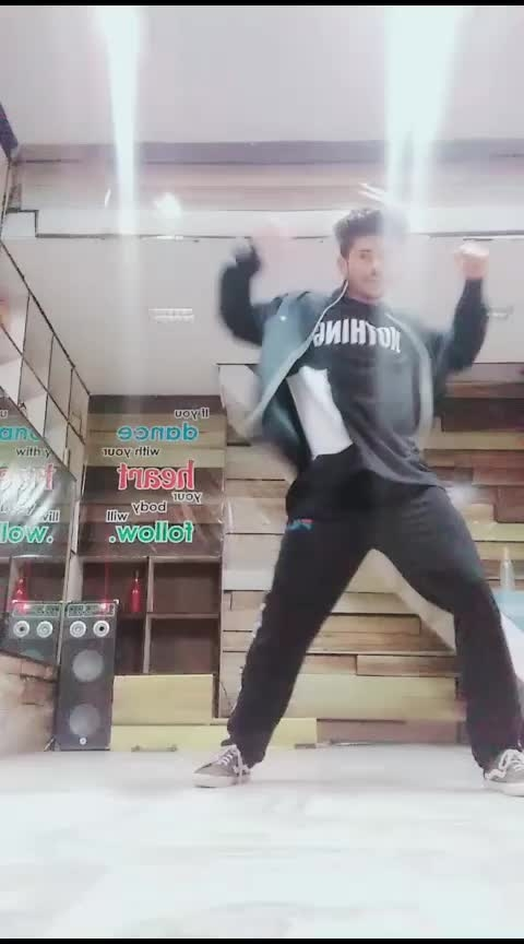 dance4life 😍#roposo-dance