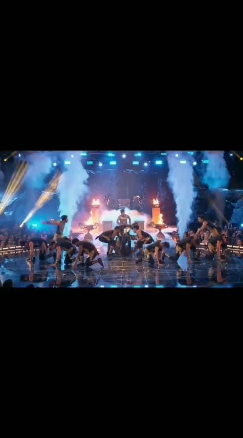 "World of Dance 2019 Final - Performance of the Winner ""The Kings"" from India. #worldofdance #thekings #final #indian #roposo-dance #dance #roposo #fun #million #1million #team #teamindia #proud #india-proud #winner #awesome #desi-dance #bharatmatakijai #india-inspired"