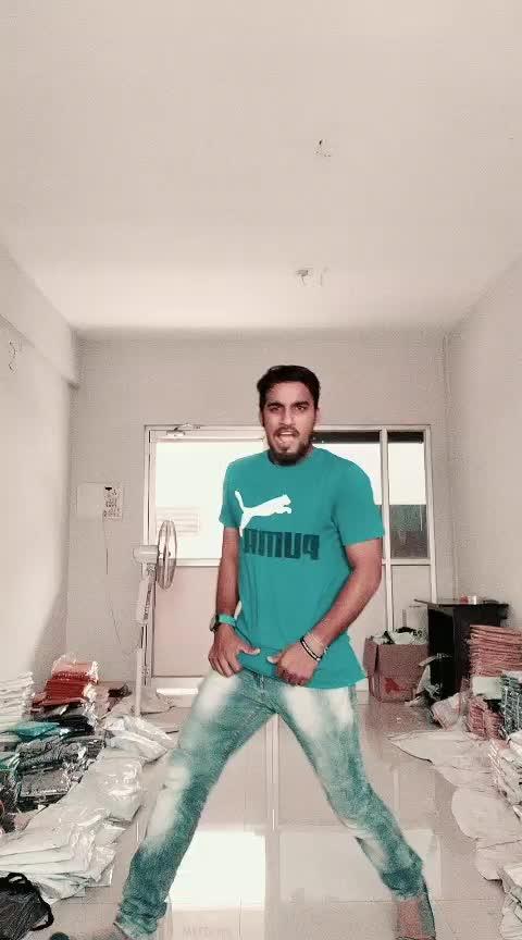 #ifulike #supportme #guyss ✌️ #prabhudevasir #legend #stylis #roposo-dance #freestyledance #vikkalu #vikkalu #nagsnagu...