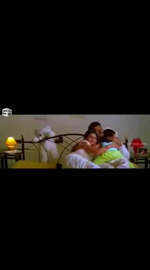 #chiranjeevi #simran #daddy #gummadigummadi #dadlove #familytime #videosong
