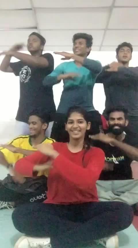 Single Pasanga #natpaethunai #singlepasanga #roposodancer #risingstar #roposostar #champonboard #cbe #coimbatore #tamilsong #roposolove #roposofun #love #peace #dance #dancer