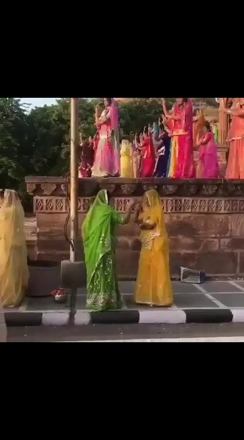 world record of ghoomar dance.... 🙏🙏🚩🚩😊🤣😘😱#ghoomardance #worldrecord #rajasthanilook #rajasthaniculture #roposobeatschannel #roposowow