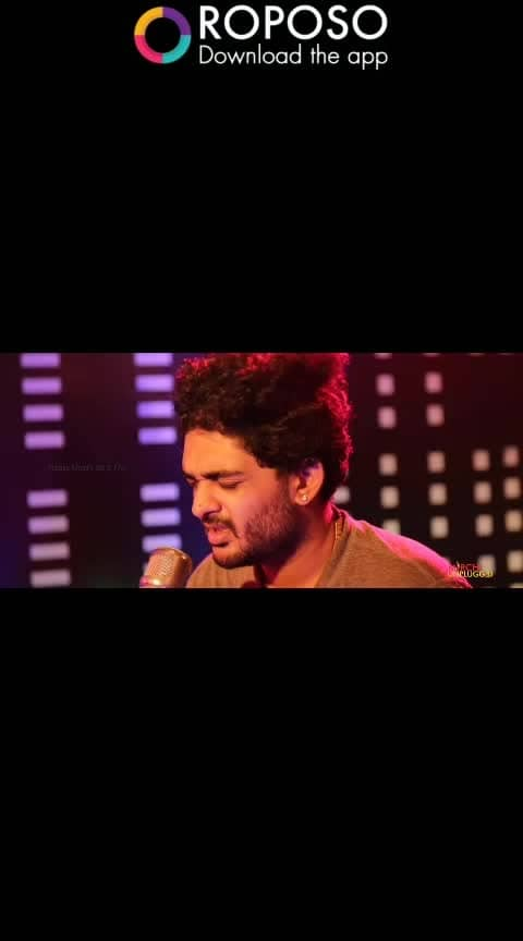 nilakaikirathu😍 . . . . . #nilakaikirathu #sidsriram #herfavourite #heart-touching #roposo-beats #addicted #sound #hisvoice