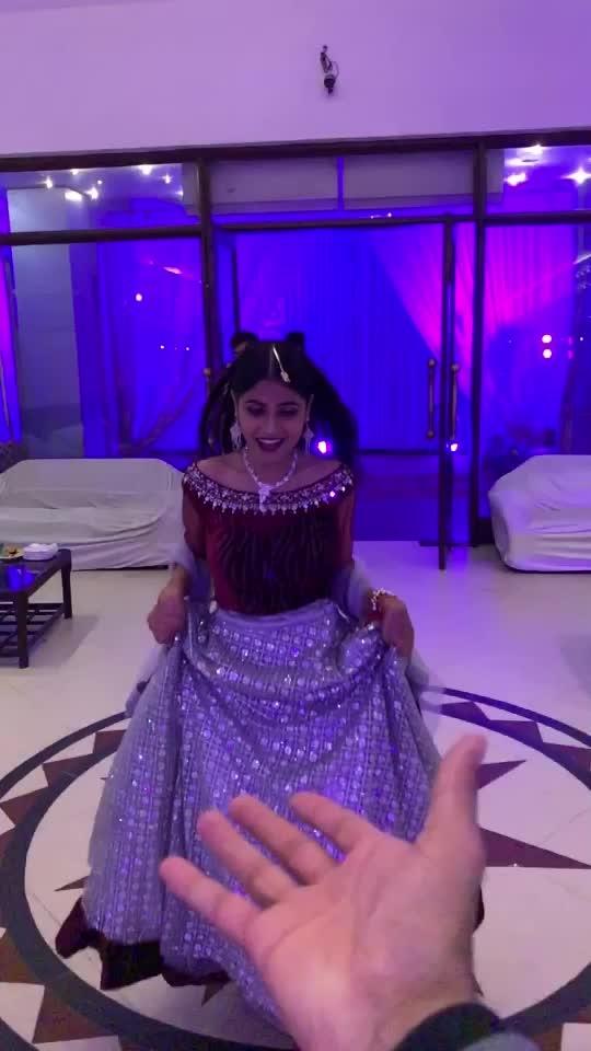 Tu hi meri Jaan hai ab se♥️🌎 #mish5nov #roposo #risingstar #roposostar #roposorisingstar #likesforlikes #duniya #wedding #weddingbells #traditionals #ootd
