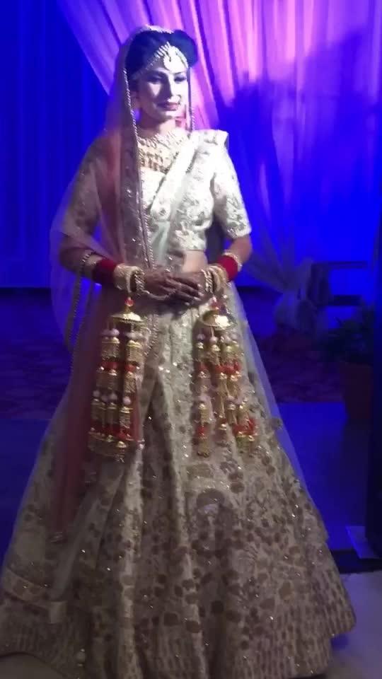 O re piyaa♥️🌎 #mish5nov #beautiful #bride #risingstar #roposo #roposostar #roposovideo #likes #orepiya #bollywood #roposoness