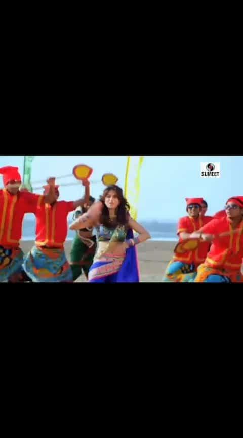 पप्पी दे पप्पी दे पारुला...#marathidance