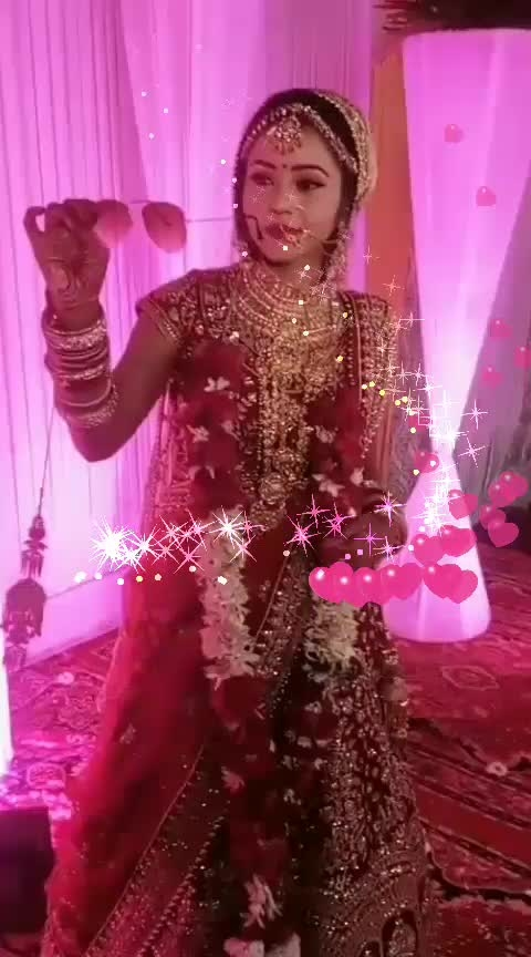 #fashionquotient #lookgoodfeelgoodchannel #roposo-wow #wedding-bride