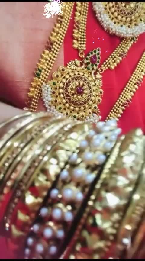 #wedding-bride #bride-lehenga #wows