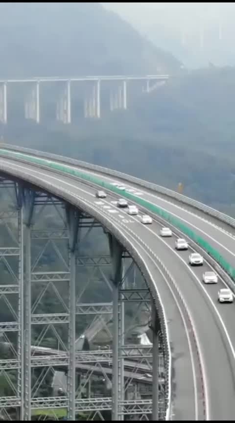 👆The 880 km highway between China and Pakistan, built within a record period of only 36 months, is now open to the public.  See what it looks like