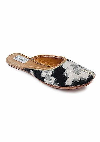 """Ekta Women Handcrafted Ethnic Punjabi Jutti Casual/Party Wear Belly/Juti/Mojri  Rs: 1,320   Featuring an ikat pattern, a pure cotton upper, and a cushioned inner sole, these back-open handcrafted juttis redefine casual footwear.Inspired from the waves, """"Leherein"""" in hindi,The blurriness of the ikat zig-zag pattern is a result of the extreme difficulty the weaver has lining up the dyed yarns so that the pattern comes out perfectly in the finished cloth  https://amzn.to/2HbbLk0"""
