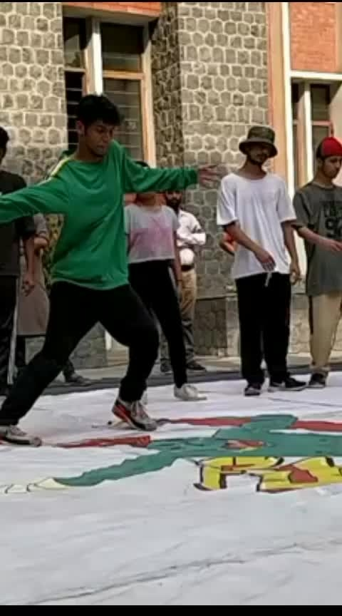 Battle scenes #roposostar  #roposostar #roposostar #roposostar #roposostar #roposostar #roposocontest  #roposobeats  #roposodancer  #roposo-dance   #contestindia  #roposoness  #ropo-video  #roposodaily  #risingstar  #hiphopdance  #freestyle  #filmistaan  #instagram  #hiphopdance #like  #fitness   ##rappersss  #dancersss  #bohemianssss 😎🖖👑  #choreographer   #indian   #styles   #explorepage   #viral   #contemporarydance   #flexible   #strippers   #dj   #model  #a #bachata   #photooftheday   #fit   #atlanta   #worldofdance   #model  #dancevideo   #salsa   #video   #dancelovers   #youtube   #dancerslife   #nightlife   #actor #hiphop