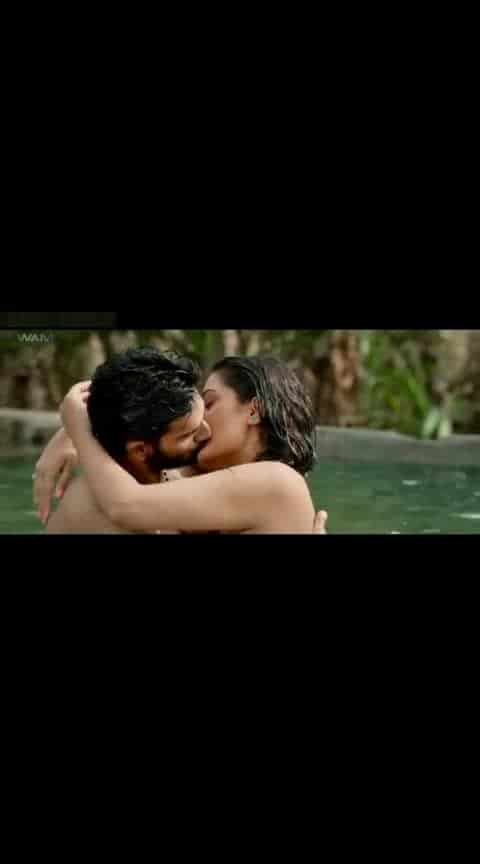 रोमैंटिक किसिंग सीन #kissvideo #kissing  #lipkissing  #kissvideodownload #kissscenes  #hot-hot-hot  #love_status_video-----------  #hearttouchingsong  #iloveyoubae  #pyar_love  #loveartmusic  #statusvideo-download  #loveforearrings  #loveness  #loveforever143ag  #love----love----love