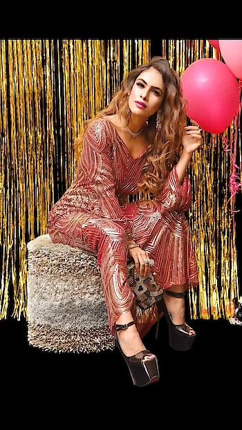 Shine is my favourite colour ⚡️⚡️🌟🌟🌟 : Outfit - @labelmraar  concept and styling -@manishagoyalofficial  HMUA - @kanikaaroramakeovers  Jewellery- @zepanache  Clutch - @a2ginternational.2018 : : #shineandsparkle #gliter #redgown #shimmerandshine #partydress #shootdiaries #blogshoot #delhi #photoshoot #shoot #tareefan #fashionblog #fashionista #fashionblogger #sakhiyaangirl #merewalisardarni #sakhiyaan #labelmraar #bossbabe #boldandbeautiful  #nehamalik #model #actor #blogger #instafashion