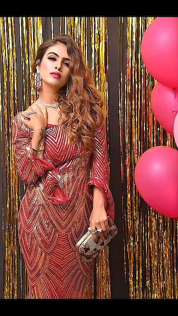 Unleash your inner Sparkle ⚡️⚡️🌟🌟♥️♥️ : Outfit - @labelmraar  concept and styling -@manishagoyalofficial  HMUA - @kanikaaroramakeovers  Jewellery- @zepanache  Clutch - @a2ginternational.2018 : : #shineandsparkle #gliter #redgown #shimmerandshine #closeup #closeupphotography #beautyshot #shootdiaries  #delhi #photoshoot #shoot #fashionista #fashionblogger #sakhiyaangirl #merewalisardarni #sakhiyaan #labelmraar #bossbabe #boldandbeautiful  #nehamalik #model #actor #blogger #instafashion