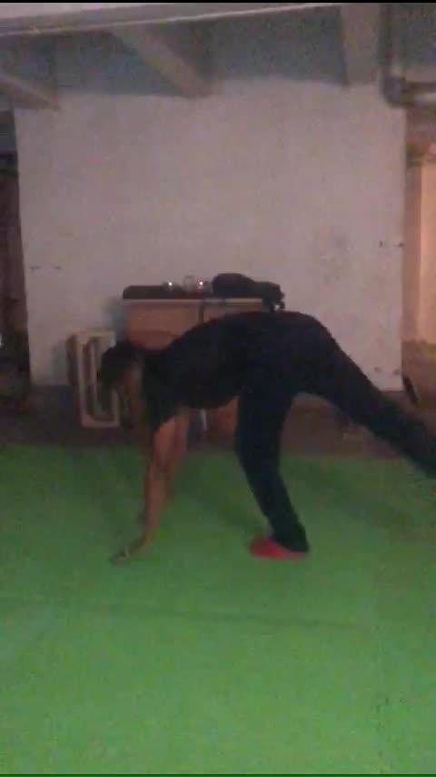 #yoga #-lover #handstand #set #roposo @roposocontests
