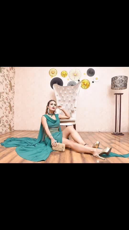 I'm a Queen and I demand to be treated like a Queen 👑 🌟🌟🌟 : Outfit - @labelmraar  concept and styling -@manishagoyalofficial  HMUA - @kanikaaroramakeovers  Jewellery- @zepanache  Clutch - @a2ginternational.2018 : : #green #glitteryeyes #greeneyes #closeupphotography #greenoutfit #pollywood #delhi #photoshoot #shoot #sweetheart #fashionblog #fashionista #fashionblogger #sakhiyaangirl #merewalisardarni #sakhiyaan #labelmraar #bossbabe #boldandbeautiful  #nehamalik #model #actor #blogger #instafashion