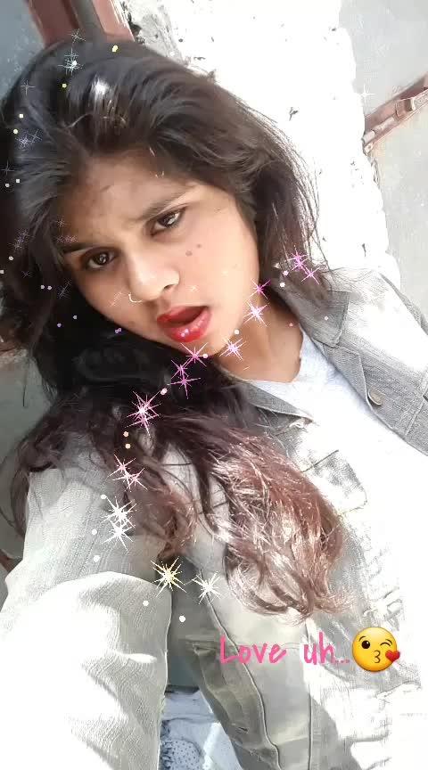 😘😘😘#dilbar  #ishare  #tere_te__tere__te__  #gururandhawa #nehakakkar