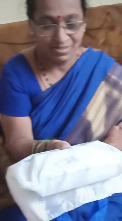 And she is as real and pure with her emotions as in this video.!!😂🙌  Happy Mother's Day आई❤️ #happymothersday #mother-daughter #motherdayspecial2019 #mother-love #motherdayspecial