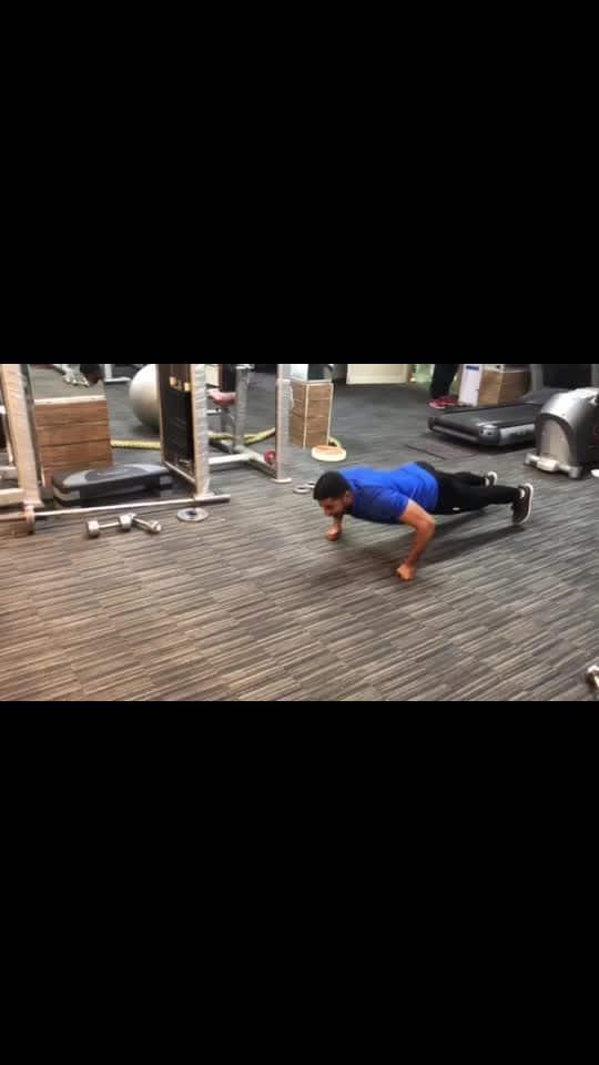 Push ups variations #pushups #workout #fitness #fitnessfreak #fitnessaddiction #healthylife #feelgoodlookgoodchannel #roposo