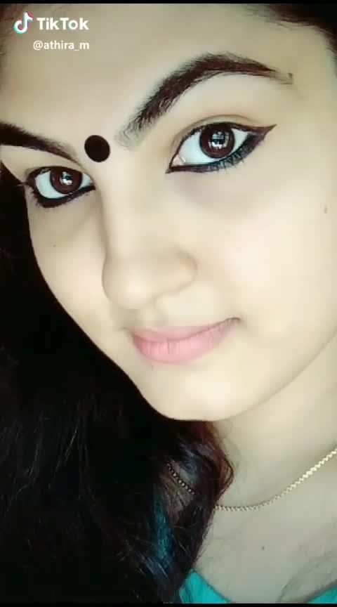 sundaali...#sandaali #eyebrowsonfleek #eye-makeup #eyelove #whatsapp-status #-----roposo #roposoed #new-whatsapp-status #status #girls #ropo-is-love #girls-attitude